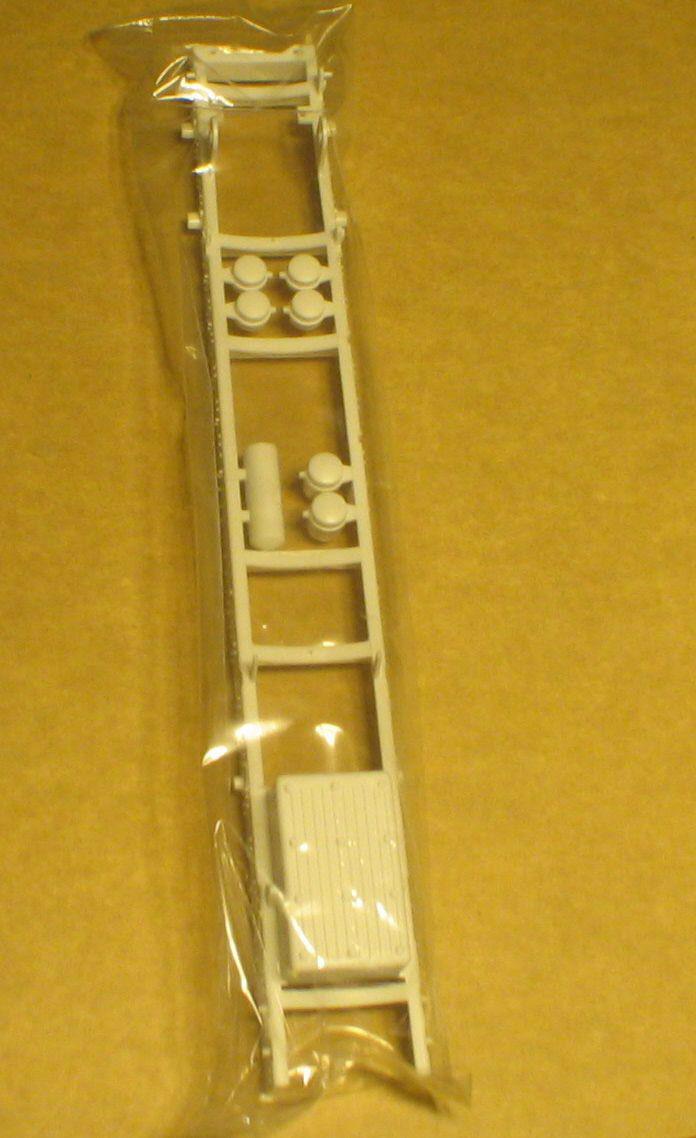 Vorstellung AMERICAN LaFRANCE Eagle Fire pumper von Trumpeter 1:25 Img_8241