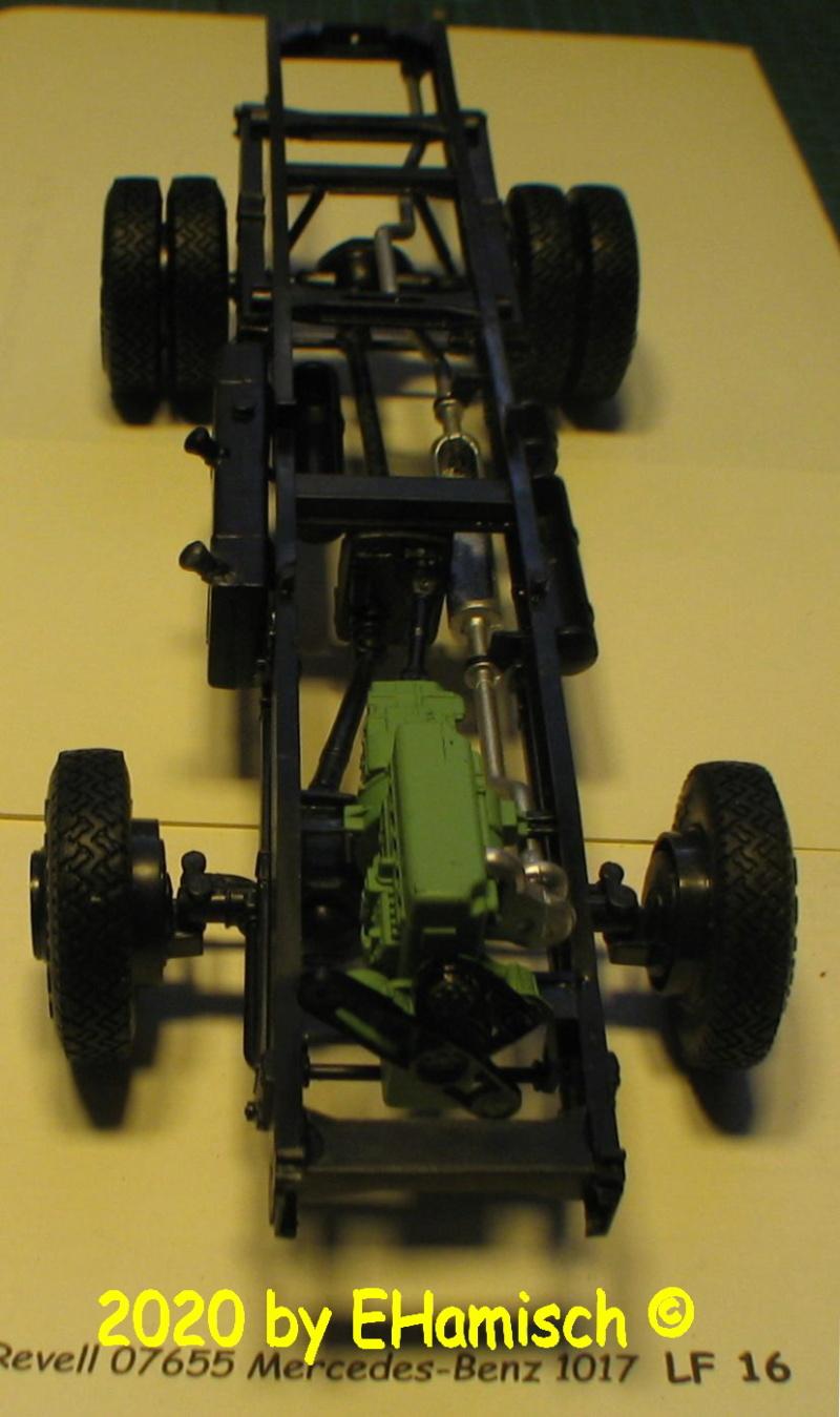 Revell 07655 Mercedes-Benz 1017 LF 16 Img_9224