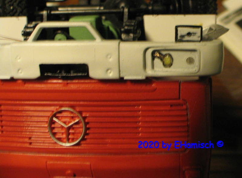 Revell 07655 Mercedes-Benz 1017 LF 16 Img_9515