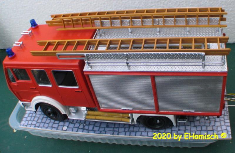 Revell 07655 Mercedes-Benz 1017 LF 16 Img_9524