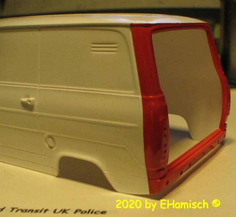 ITALERI 3657 Ford Transit UK Police Img_9722