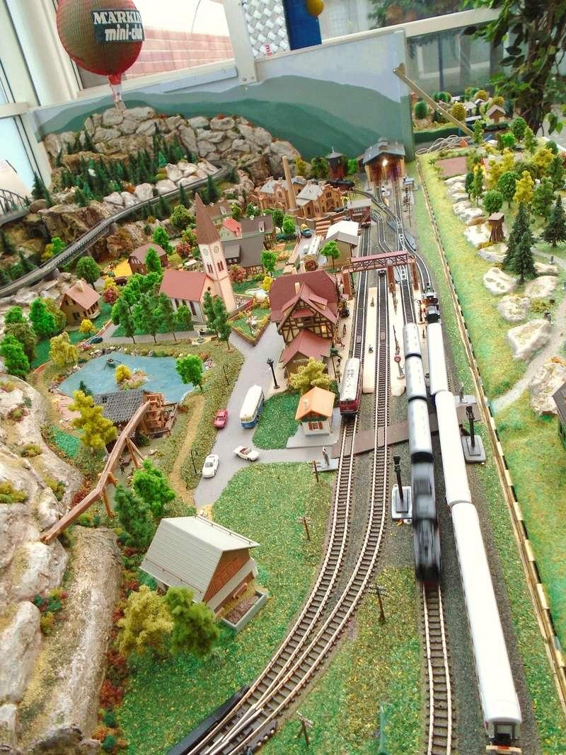 grand passionné de petits trains échelle Z Albert16