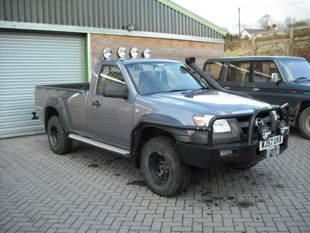 Overland vehicle pick up??? Bt50_a10