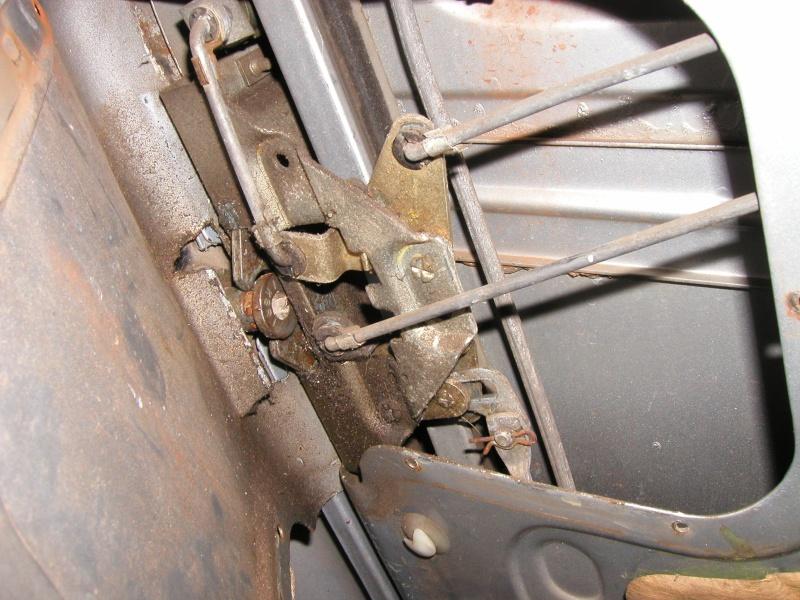 Portière Bloquée JEEP CJ7 Pc270018