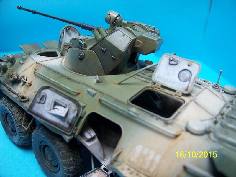 BTr 80 apc de Trumpeter au 1/35 - Page 3 100_3822