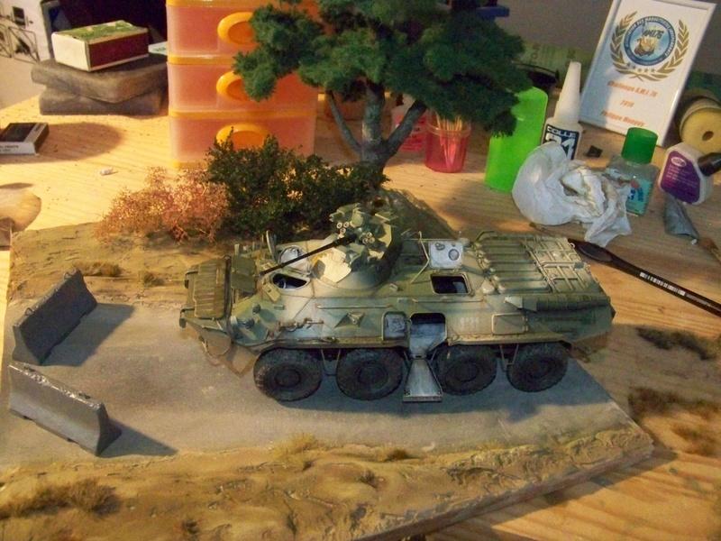 BTr 80 apc de Trumpeter au 1/35 - Page 4 100_3887