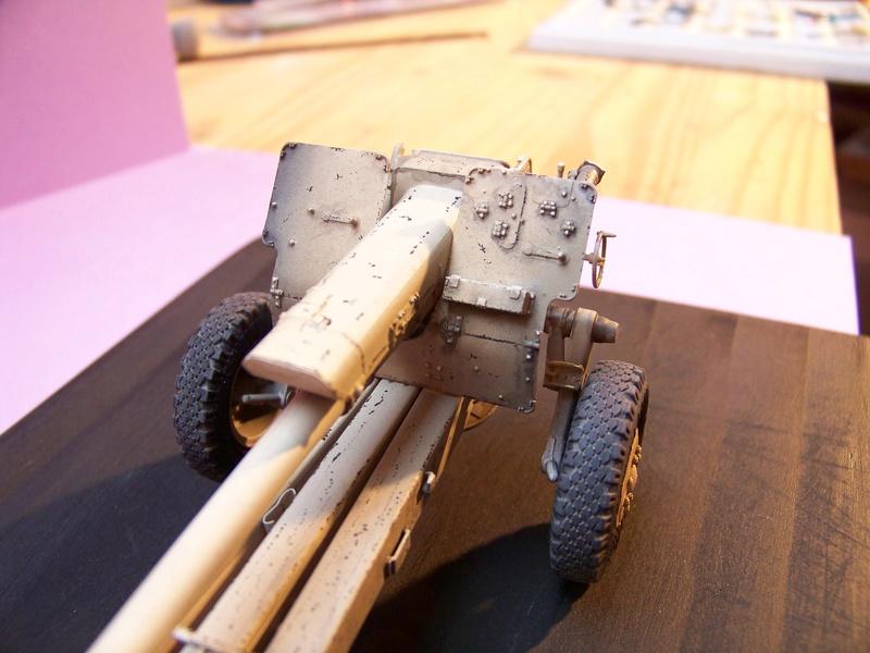Howitzer D30 de 122mm au 1/35 de Trumpeter et Ural 4320 de zvezda 100_4313