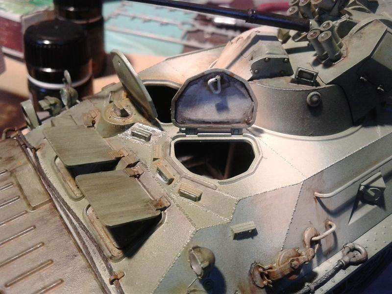 BTr 80 apc de Trumpeter au 1/35 - Page 3 Img_2025