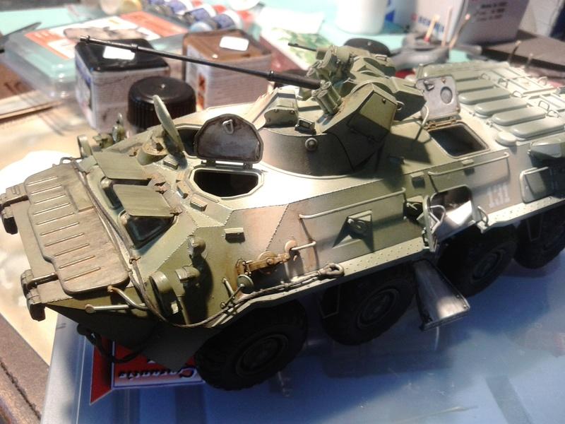 BTr 80 apc de Trumpeter au 1/35 - Page 3 Img_2028