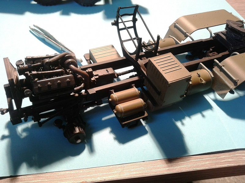 Kraz 6446 tracteur de Takom 1/35 - Page 4 Img_2399