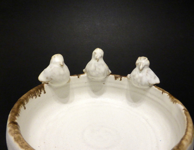 Small Stoneware Bowl with Birds P1120613