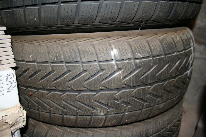 Vends pneus S4 sur jantes tôle. Img_2615