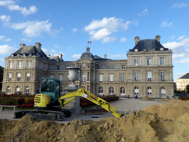Choses vues dans le jardin du Luxembourg, à Paris - Page 5 P1000816