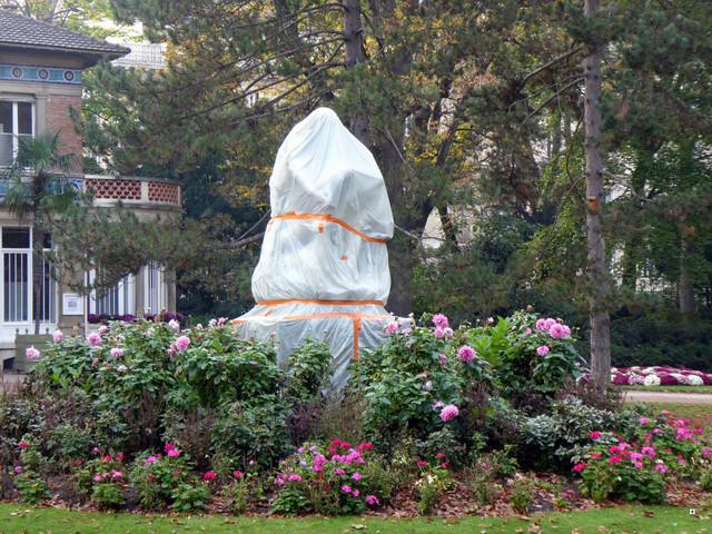 Choses vues dans le jardin du Luxembourg, à Paris - Page 5 P1000821