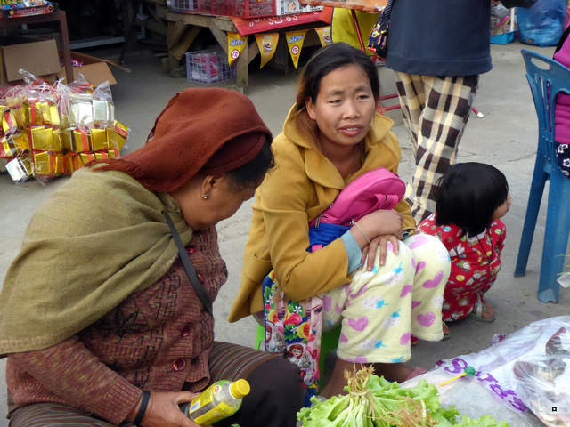 Marché de Thoet Thaï P1020014