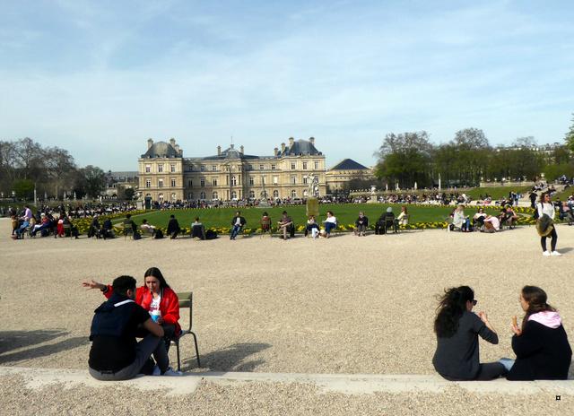 Choses vues dans le jardin du Luxembourg, à Paris - Page 6 P1020427