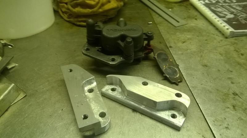 Une idée pour le changement des etriers de frein par des doubles pistons ? Wp_20111