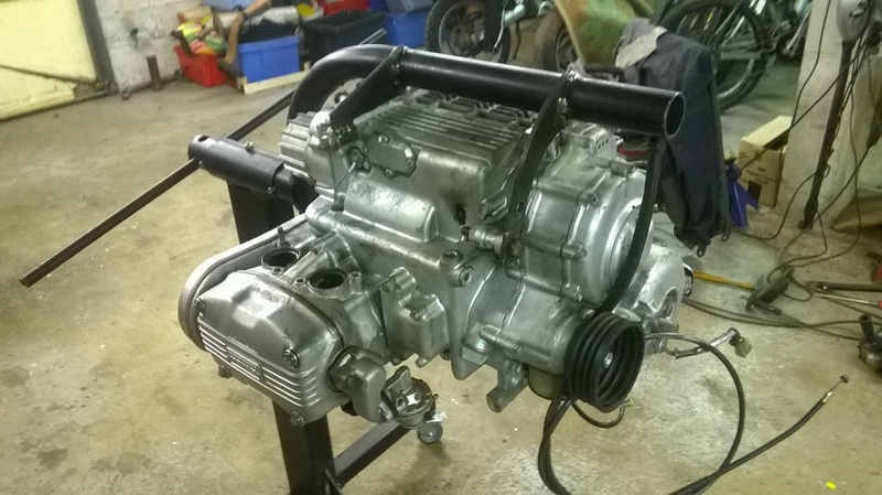 support moteur GL1000 Wp_20113