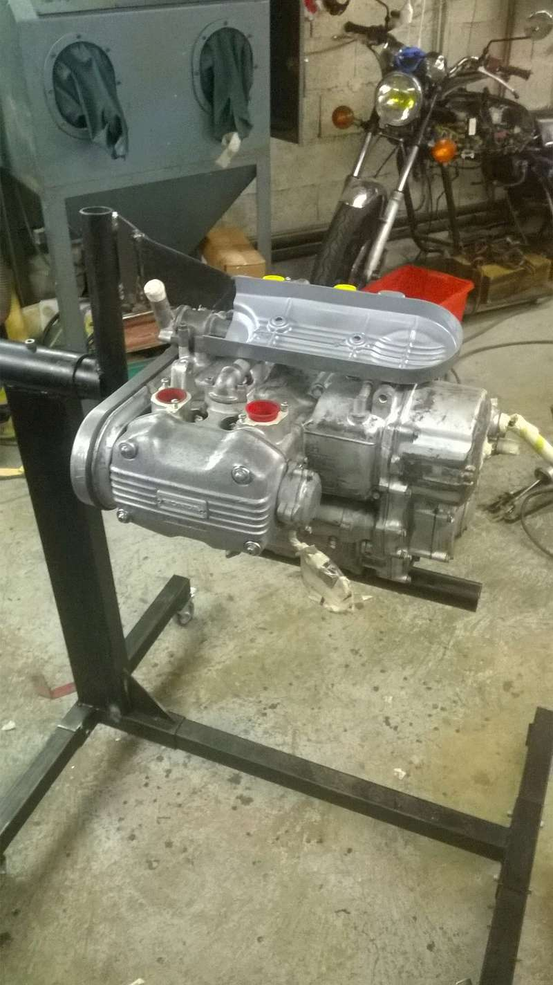 support moteur GL1000 Wp_20116