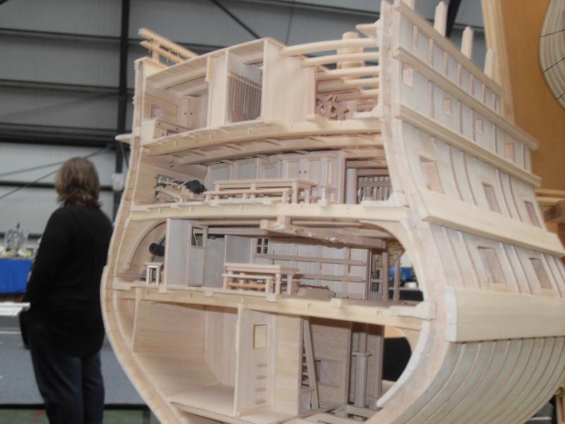 Un boomboat tout rouillé - Page 3 Sdc10410