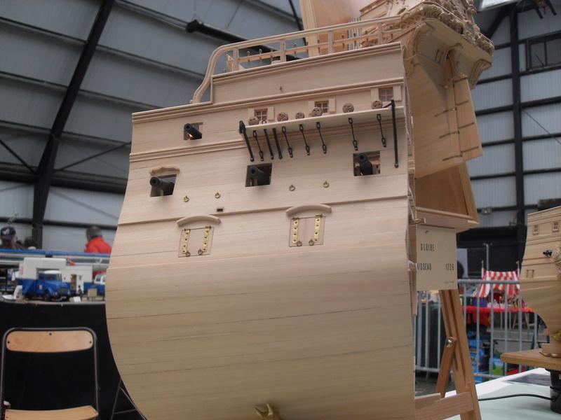 Un boomboat tout rouillé - Page 3 Sdc10411