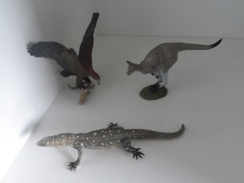 The Southlands Replicas animals in my zoo Sam_5113