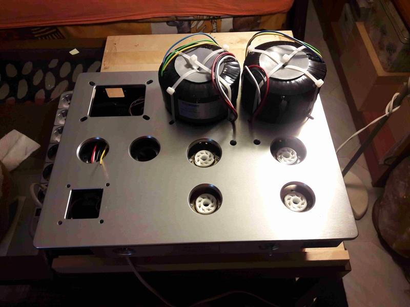 la costruzione di un amplificatore a valvole ideale   - Pagina 7 20180516