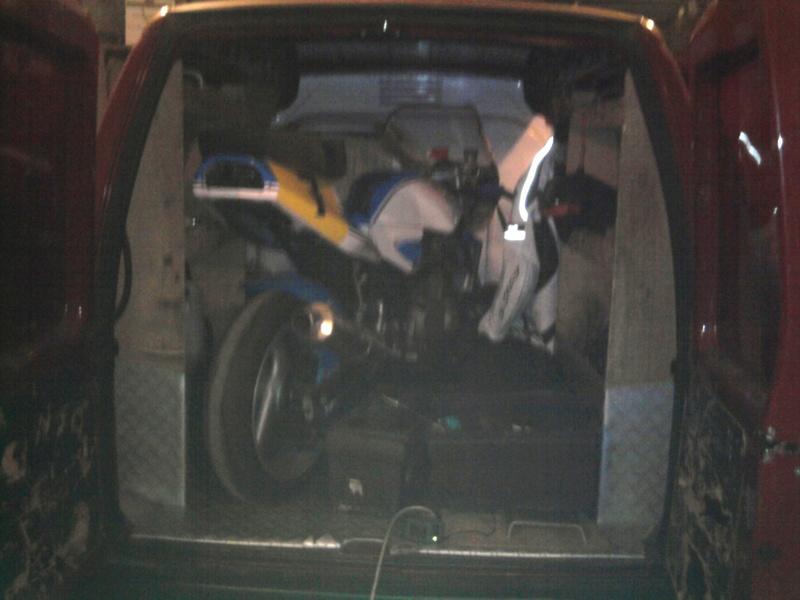 Des photos de vos jumpy/expert/scudo chargés avec moto(s) HELP ! - Page 2 Photo013
