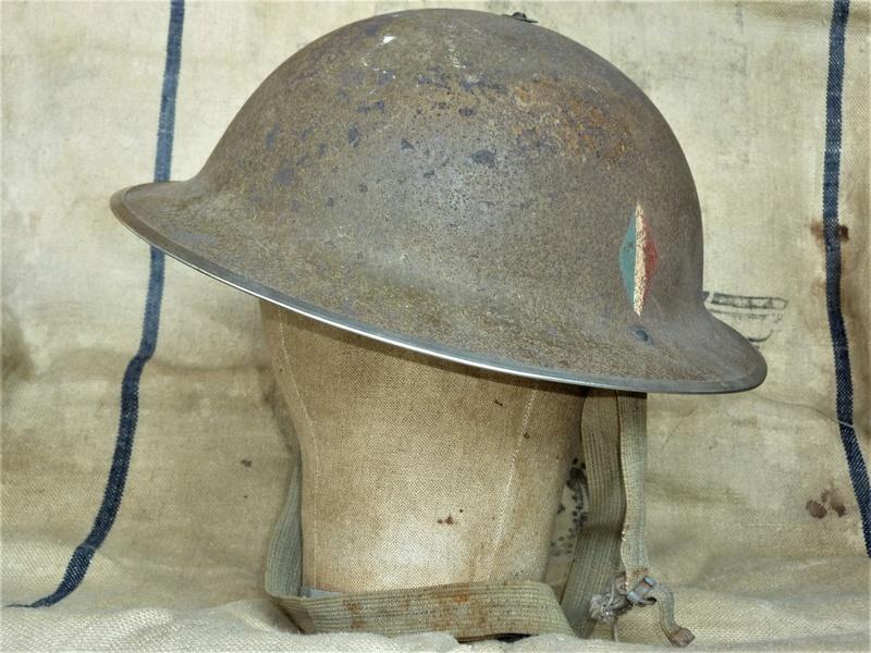 Casque d'un des 177 du commando Kieffer qui ont débarqués en Normandie le 6 juin 0119