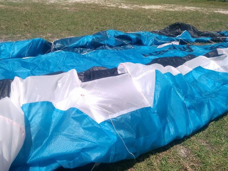 [ Vendue ] Flysurfer Sonic V2 11m 1000 euros nue 1150 euros complète S1110
