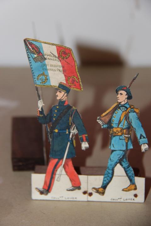 Soldats en papier Img_6812