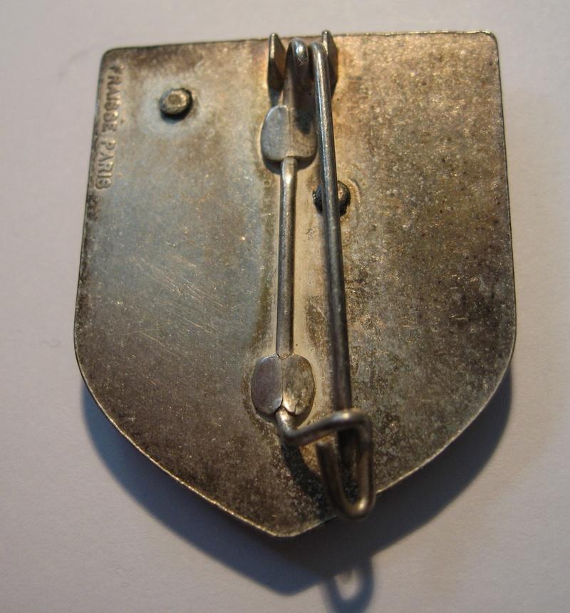 Un insigne de l'armée de l'AIR (avec une chouette) ?? Img_1210
