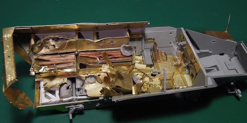 Epave Sd.Kfz 251/1 Dscn0036