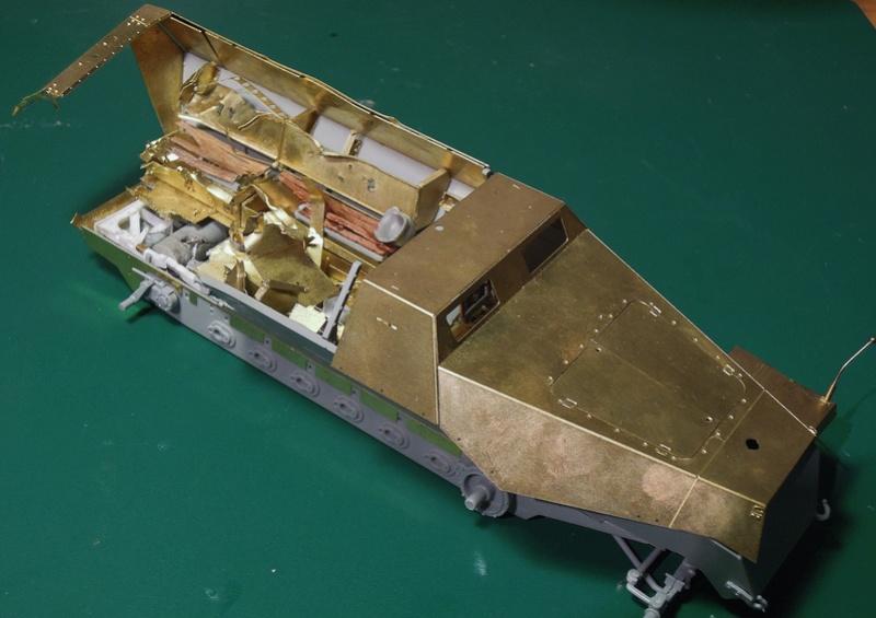 Epave Sd.Kfz 251/1 Dscn0041