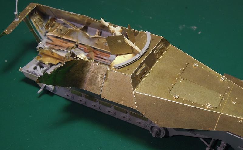 Epave Sd.Kfz 251/1 Dscn0054