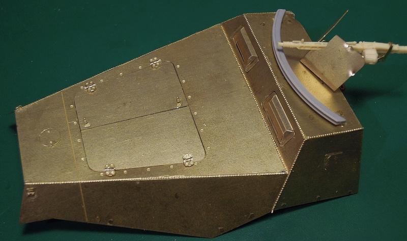 Epave Sd.Kfz 251/1 Dscn0055