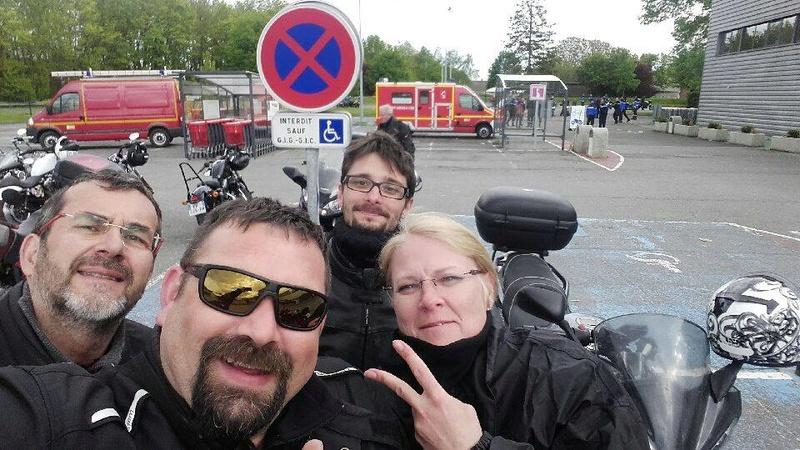 Reprise de guidon à Moyvilliers avec les gendarmes 31793410