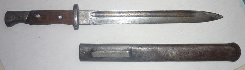 baïonnette serbe mle 1899 transformée en poignard P1060111
