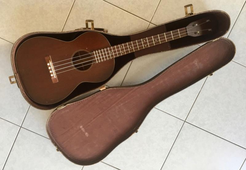Ukulele MARTIN baritone model 51 (1960's) Bari710
