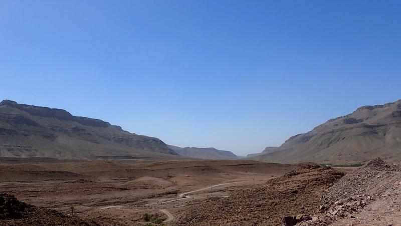 La traversée du Djebel Saghro n'est plus une piste ... P3300010