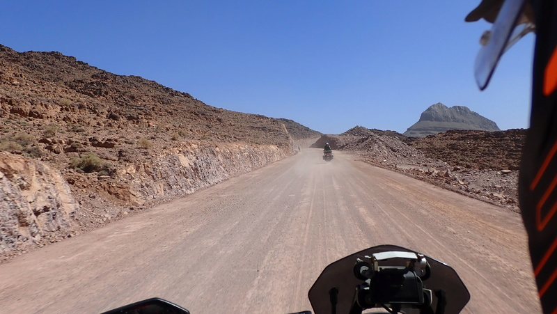 La traversée du Djebel Saghro n'est plus une piste ... P3300013