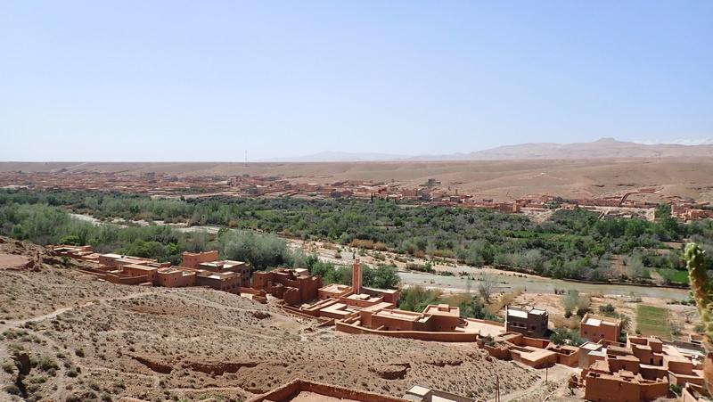 La traversée du Djebel Saghro n'est plus une piste ... P3300211