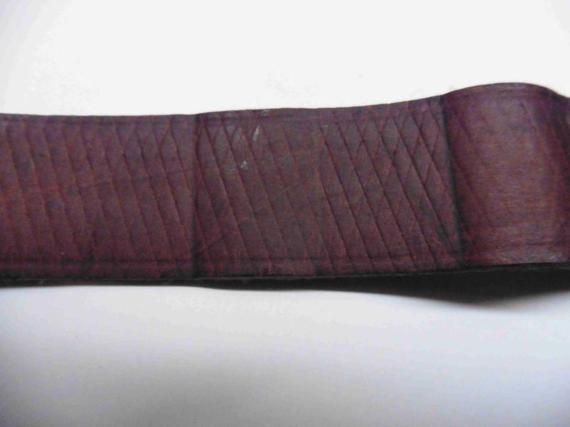 Cuir de bretelle de G 98 P1010763