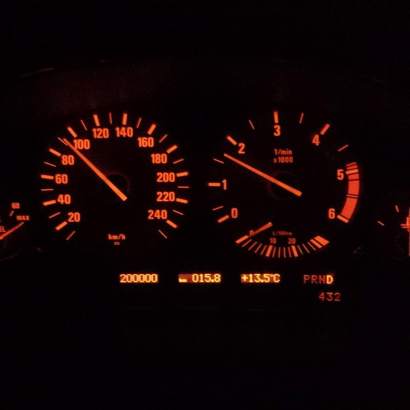 BMW 725 TDSA 12/96  - Page 21 Img_2073