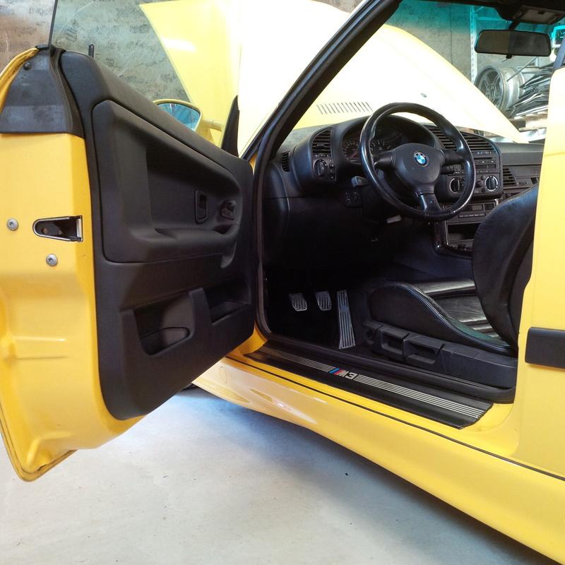 M3/// E36 3.0 jaune Dakar  - Page 10 Img_2093