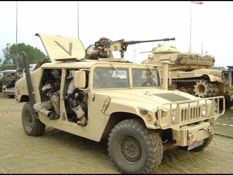 Di che colore preferite il Wrangler ? - Pagina 4 Humvee10