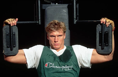 DOLPH LUNDGREN - Page 42 Dolph10