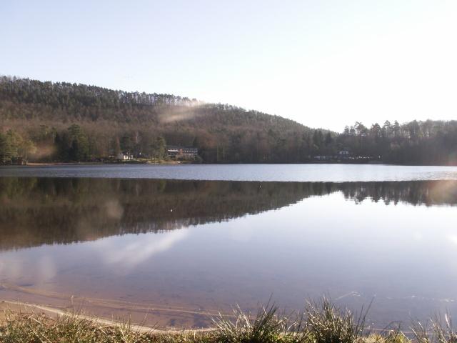 """Camping   """"Le lac d'hanau"""" 02610"""