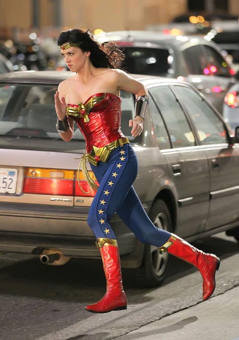 NEW WONDER WOMAN COSTUME Adrian11