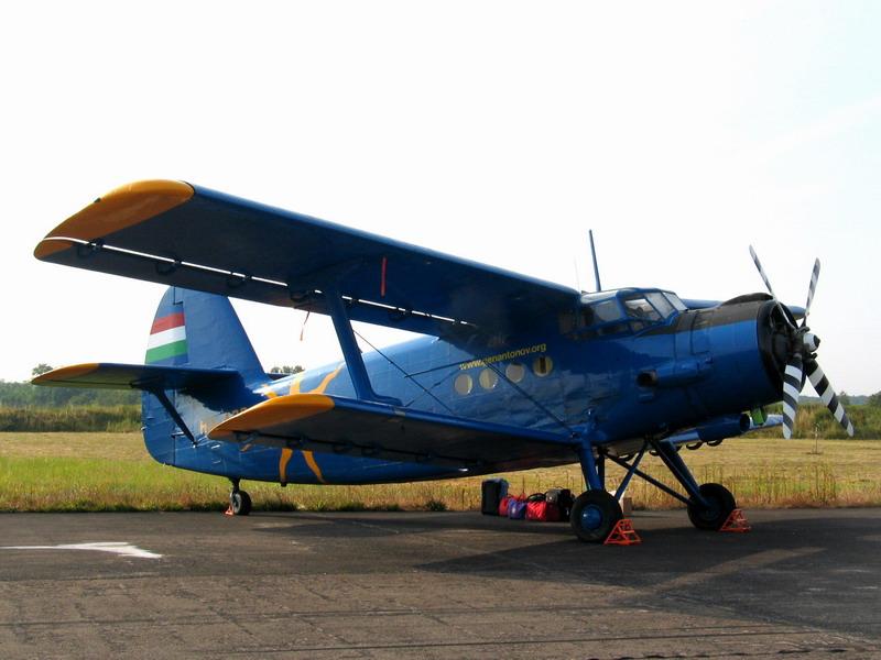 Antonov AN2 de chez Trumpeter au 72eme 2012_010